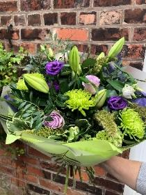 Lime and lily  bouquet